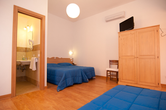 Bed and Breakfast Civitavecchia vicino Porto Navi Traghetto Crociere